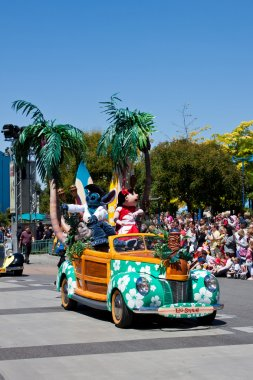 Disney Stars 'n' Cars Parade