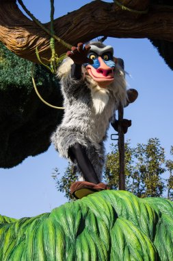 Rafiki in Disneyland Paris's Parade, Paris