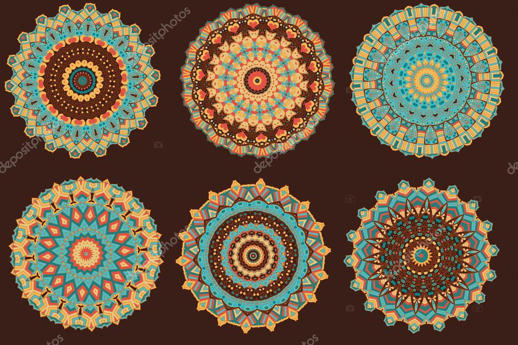 Fotos Mandalas Colores Con Mandalas De Colores Cálidos Vector