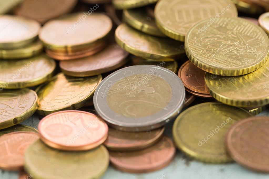 Haufen Von Verschiedenen Euro Münzen Stockfoto Juni Art 114506862