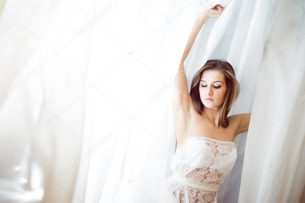 Дала ему фото невесты в красивом нижнем белье из тюли роман порно порно