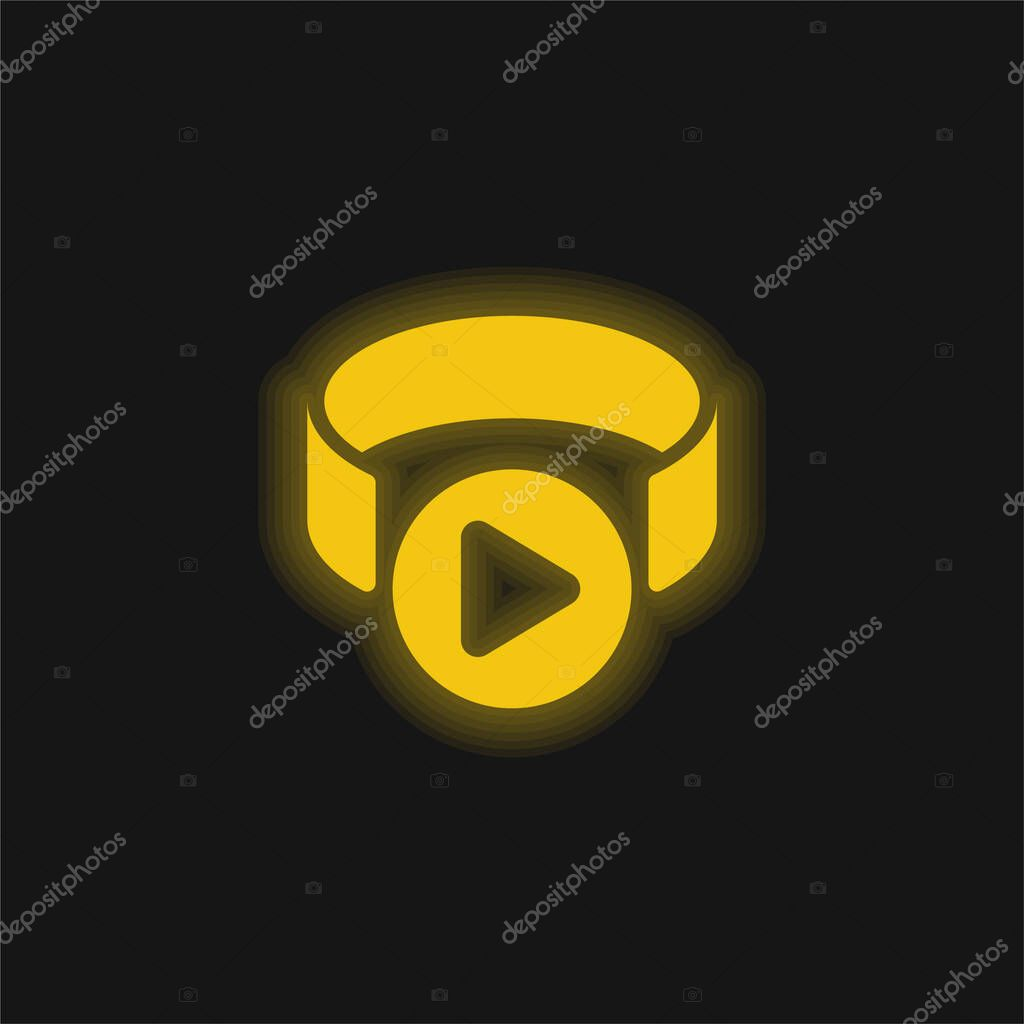 3d Viewer yellow glowing neon icon stock vector