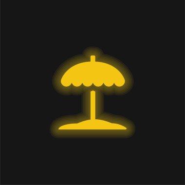 Beach yellow glowing neon icon stock vector