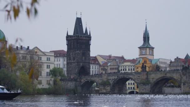 Karlův most a Staroměstská mostní věž