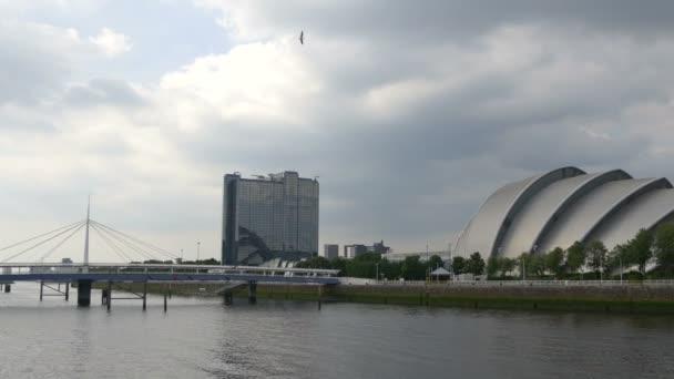 Bells Bridge and buildings in Glasgow