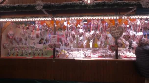 Stall mézeskalács a karácsonyi piacon
