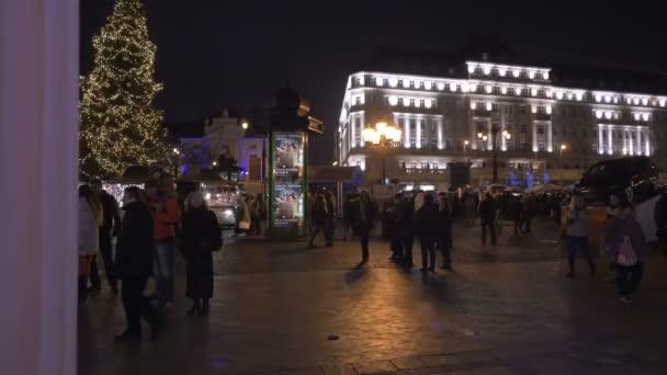 Vánoční veletrh na hlavním náměstí Bratislavy