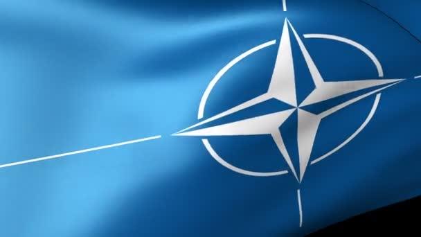 A NATO-zászló integet