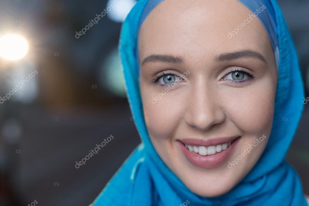 Девушкой мусульманками с знакомства в челябинске