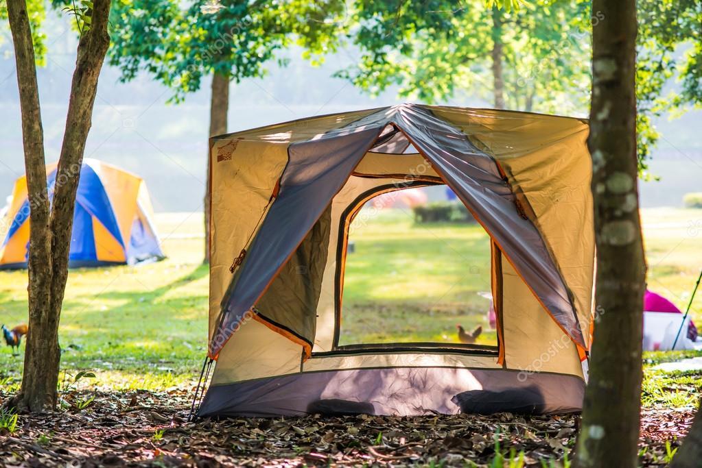 Tenda Da Campeggio Da Lake Forest Chet Khot Sporgente Pezzo Di