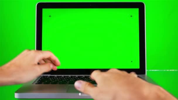 Použití notebooku s zelená obrazovka