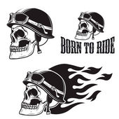 Fotografie Skull in motorcycle helmet with fire. Born to ride.