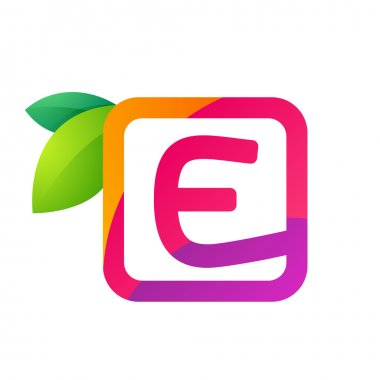 E letter in square with juice and green leaves.