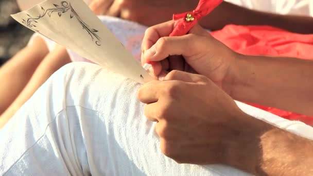 Fiatal férfi és nő írás romantikus irodalom