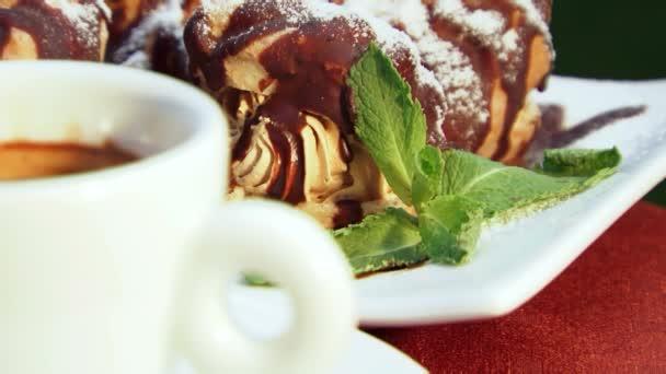 torte al cioccolato e caffè