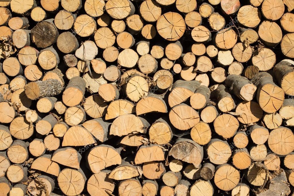 Resultado de imagem para pilha madeira