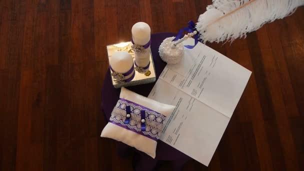 die Hochzeitszeremonie, der Tisch der Frischvermählten zum Malen