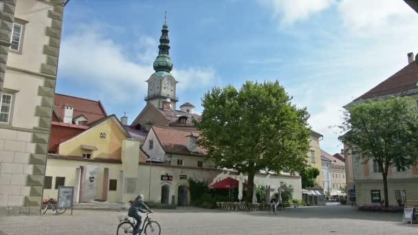zvonice kostela St. Egid v Klagenfurtu