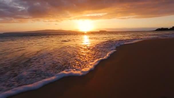 Beutiful Sandy Beach Sunset