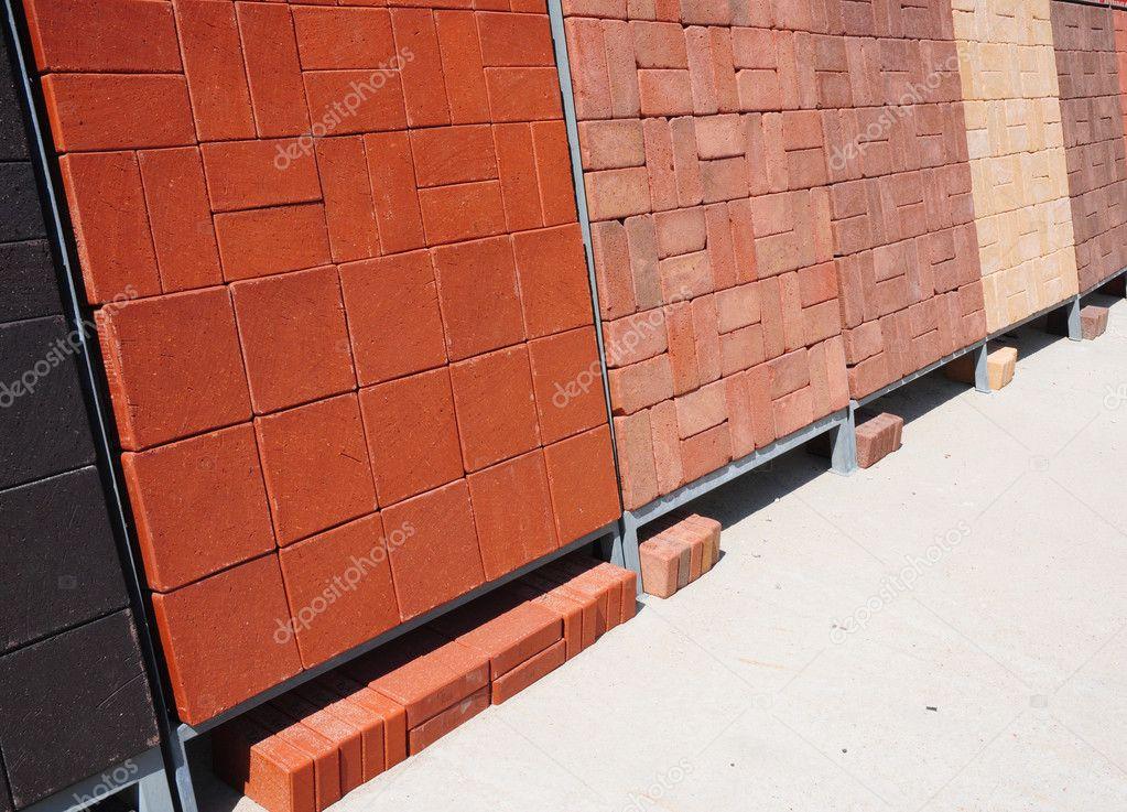 Pilas Varios Para Venta Materiales Construcción Adoquines Hormigón Coloreado Adoquines Foto De Stock Thefutureis 91784778