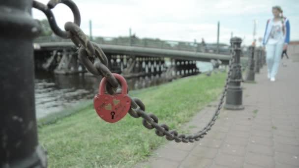 Láska zámky na mostě