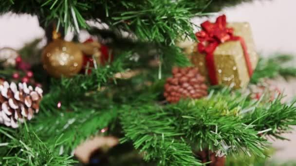 Decoration of Christmas tree purple flower toy
