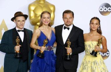 Mark Rylance, Alicia Vikander, Brie Larson and Leonardo DiCaprio