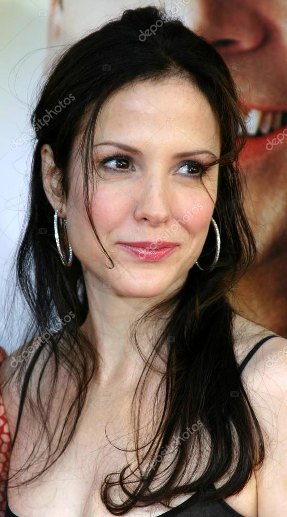 Actress Mary Louise Parker