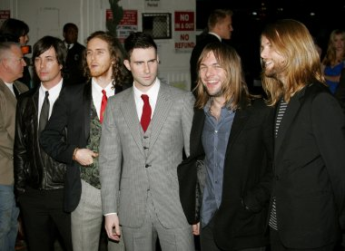 pop rock band Maroon 5