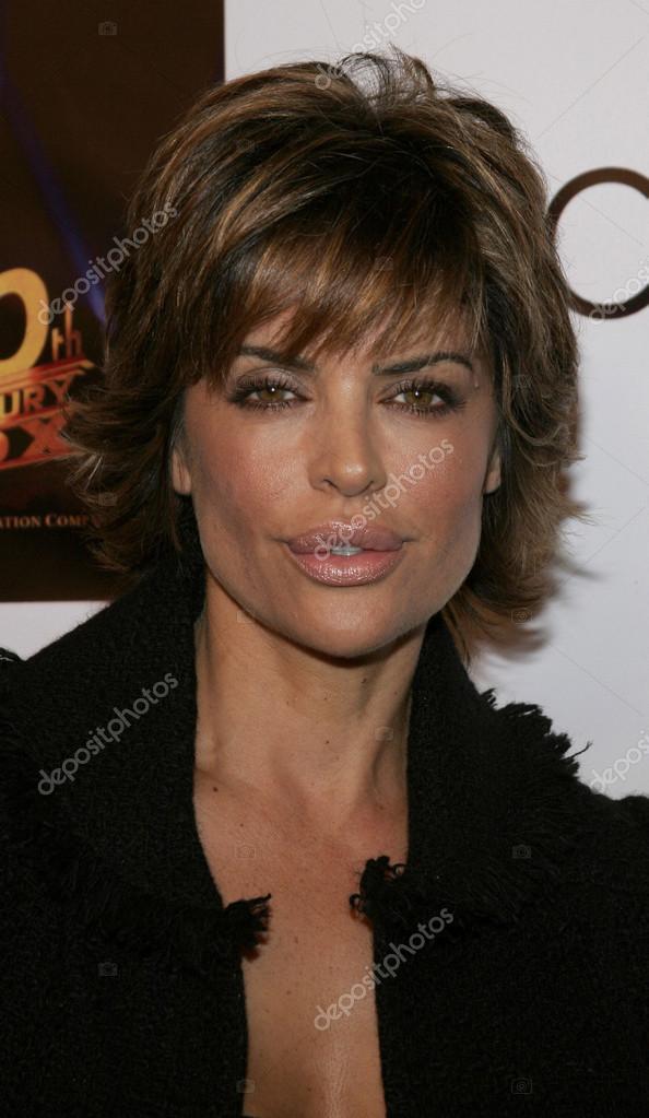 actress Lisa Rinna