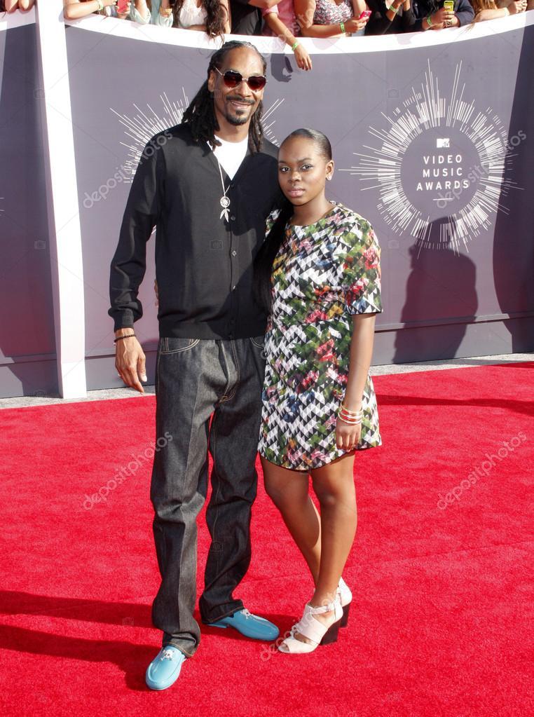 `` J'ai essayé de mettre fin à ma vie '' - La fille de Snoop Dogg parle de sa récente tentative de suicide