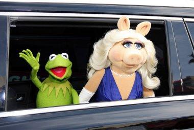 Kermit and Miss Piggy