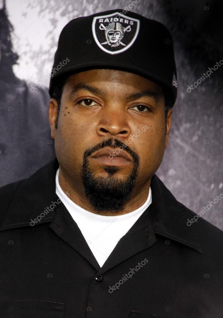 rapper ice cube fotografia de stock editorial. Black Bedroom Furniture Sets. Home Design Ideas