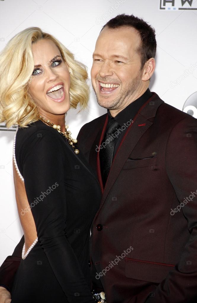 hvor lenge har Jenny McCarthy og Donnie Wahlberg dating