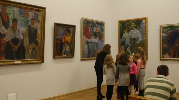 Christmas Paintings For Kids.Kids Teacher Excursion To The National Art Museum Kiev Christmas Eve Ukraine Teacher Is Telling About The Paintings Kids Are Smiling And Listening