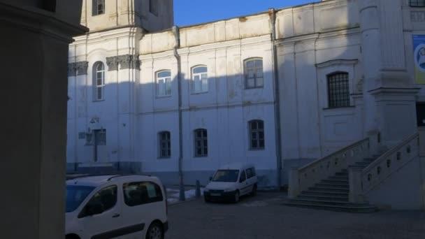 Toegang tot een binnenplaats karmelieten klooster berdichev