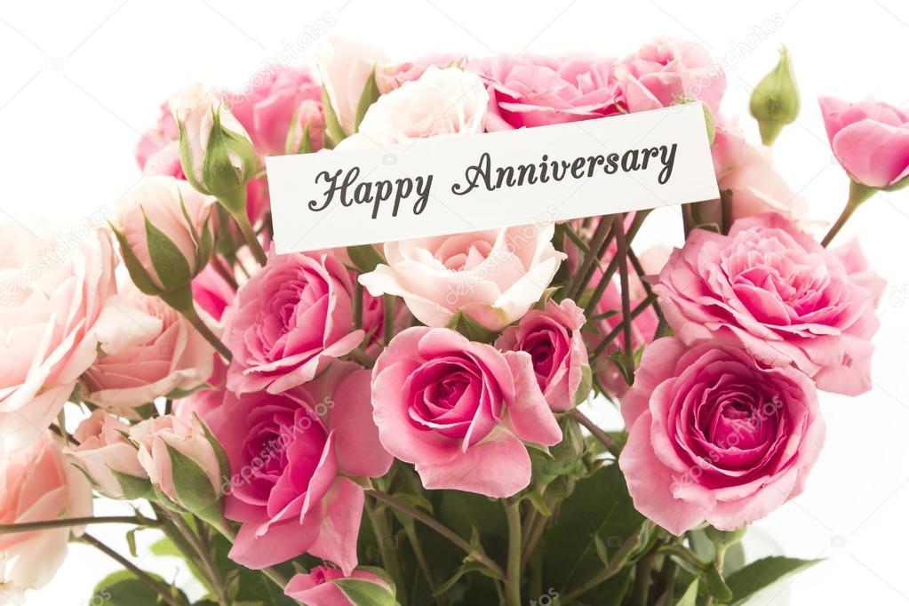 Gelukkige verjaardag kaart met boeket roze rozen