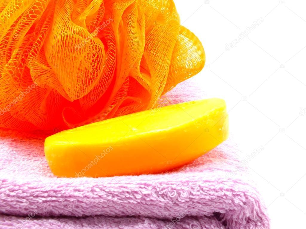 Vasca Da Bagno Plastica : Soffio di plastica vasca da bagno e asciugamano su fondo bianco