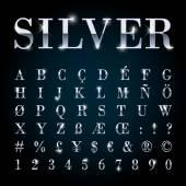 Stříbrné kovové písma nastavit písmena, čísla, symboly měny.
