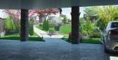 Fotografie Carport von innen gesehen, Landschaftsgestaltung 3D-Renderer