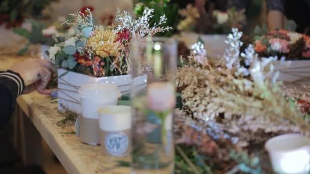 květinářství dodává detaily v hrnci květin, individuální návrh projektu