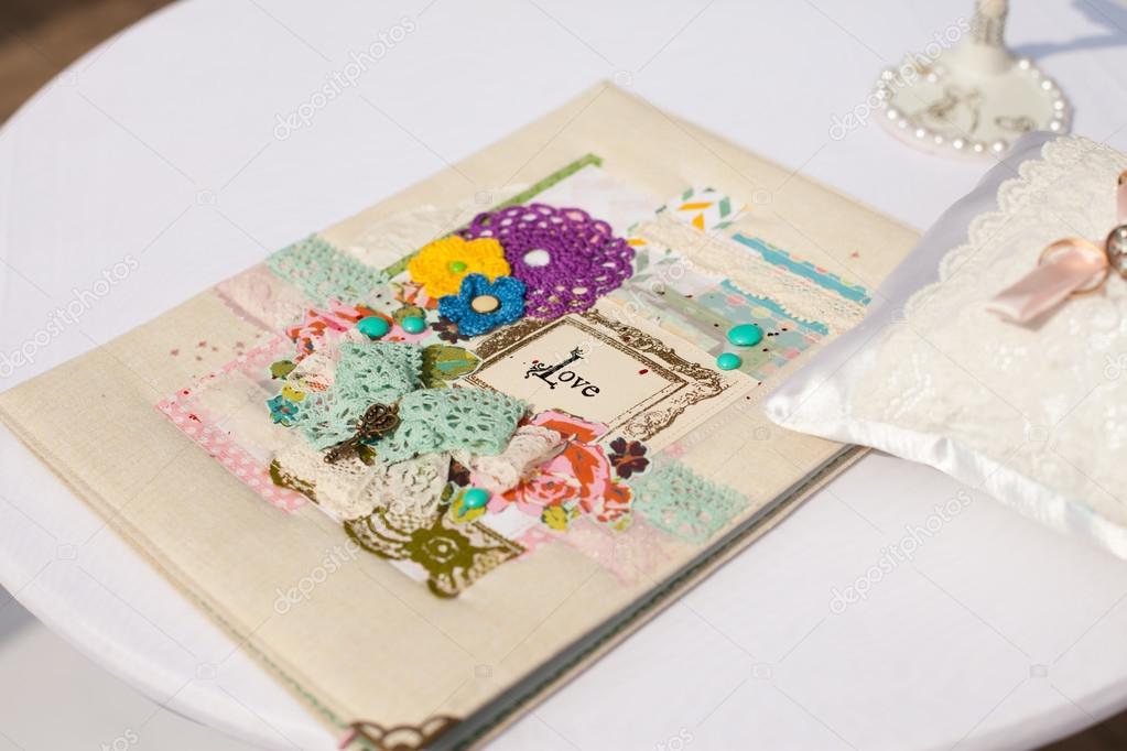 Auguri Per Un Matrimonio Immagini : Cartolina d auguri per un matrimonio u foto stock