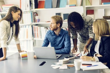 Brainstorming between colleagues at work
