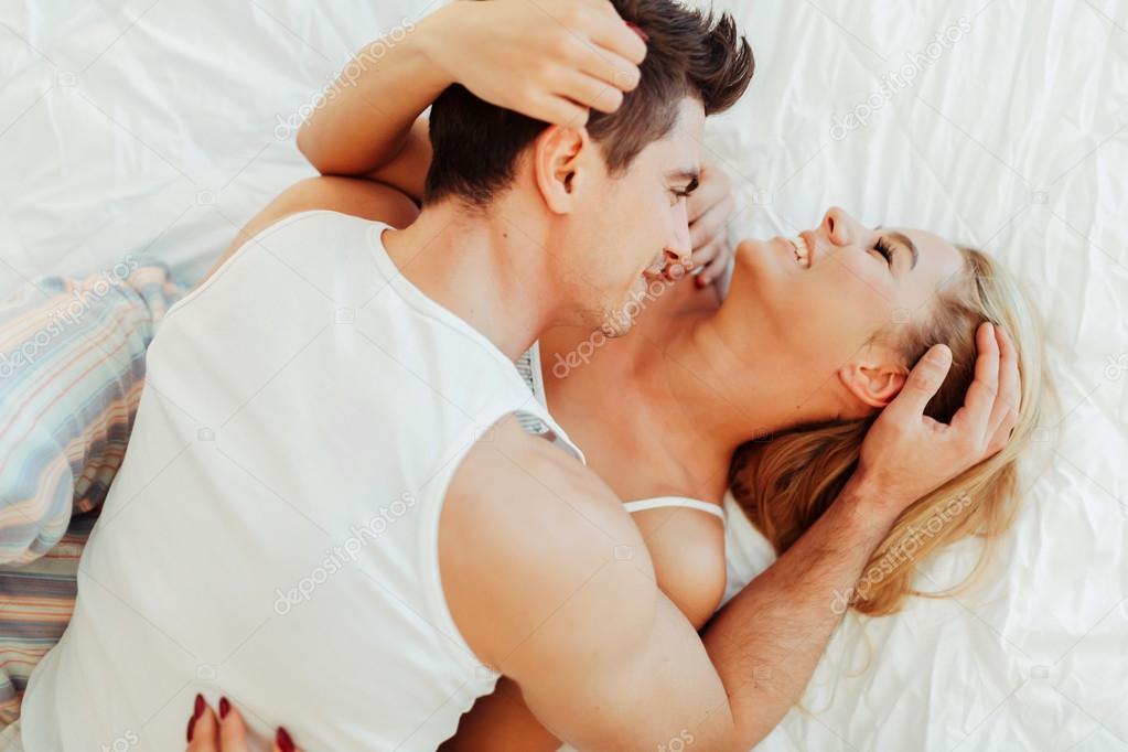 Секс вдвоем взрослой пары видео нравится!!!!!!!!!