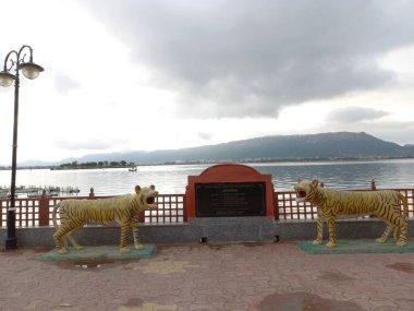 Ana sagar lake is located in Ajmer, Rajasthan, India