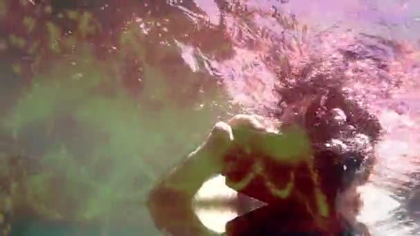 Unterwasser Virtual Reality: Flache Tidepool mit Vr Kopfhörer