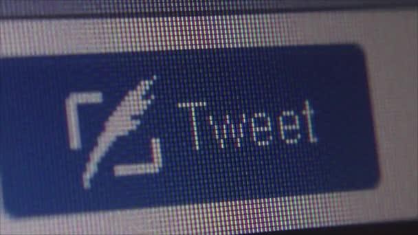Sociální média makro zblízka Dolly: Uživatelské kliknutí pípání tlačítek