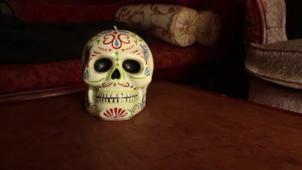 Dolly mossa con il cranio: Dolly verso cranio, hold, continuare