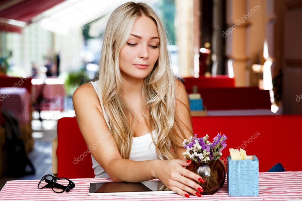 Картинки красивых блондинок похожих на настоящих