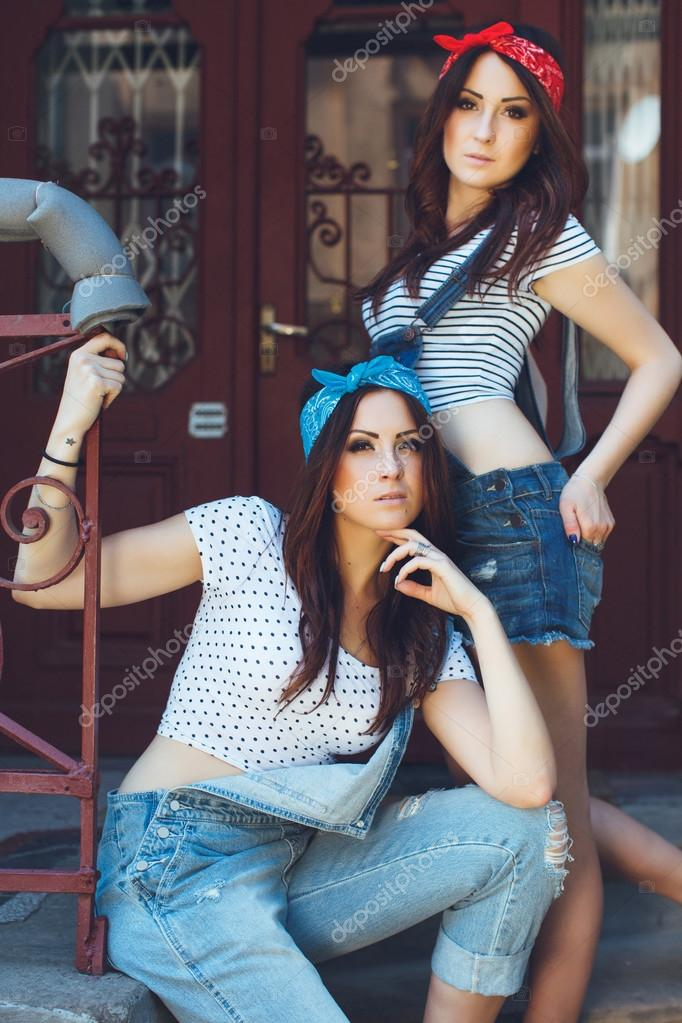 Simply excellent Young brunette girls look